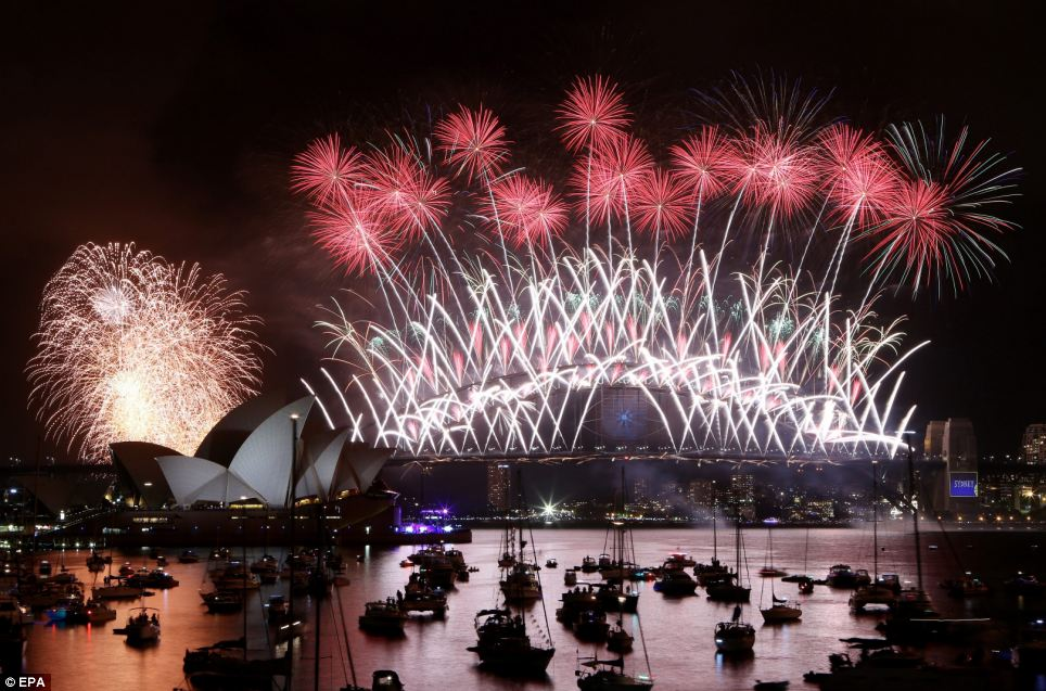 احتفالات عام استراليا 2014، ثقف نفسك1 الاحتفالات بالعام الجديد 2014 في جميع أنحاء العالم صور