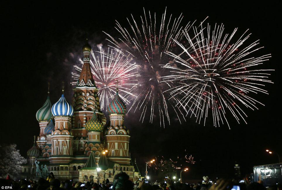 احتفالات عام روسيا2014، ثقف نفسك الاحتفالات بالعام الجديد 2014 في جميع أنحاء العالم صور