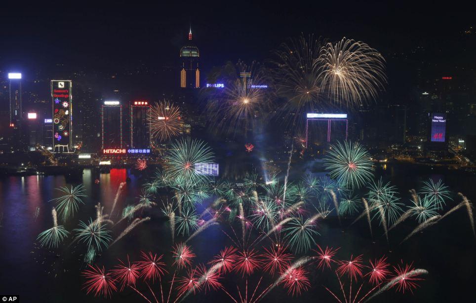 احتفالات عام كوريا الجنوبية 2014، ثقف نفسك1 الاحتفالات بالعام الجديد 2014 في جميع أنحاء العالم صور