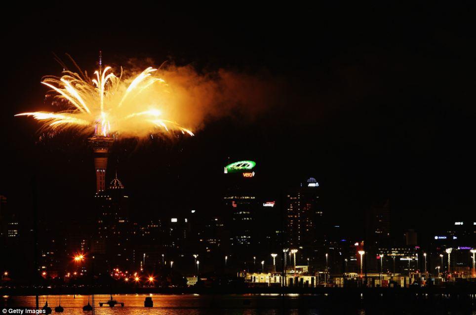 احتفالات عام نيوزيلاندا 2014، ثقف نفسك1 الاحتفالات بالعام الجديد 2014 في جميع أنحاء العالم صور