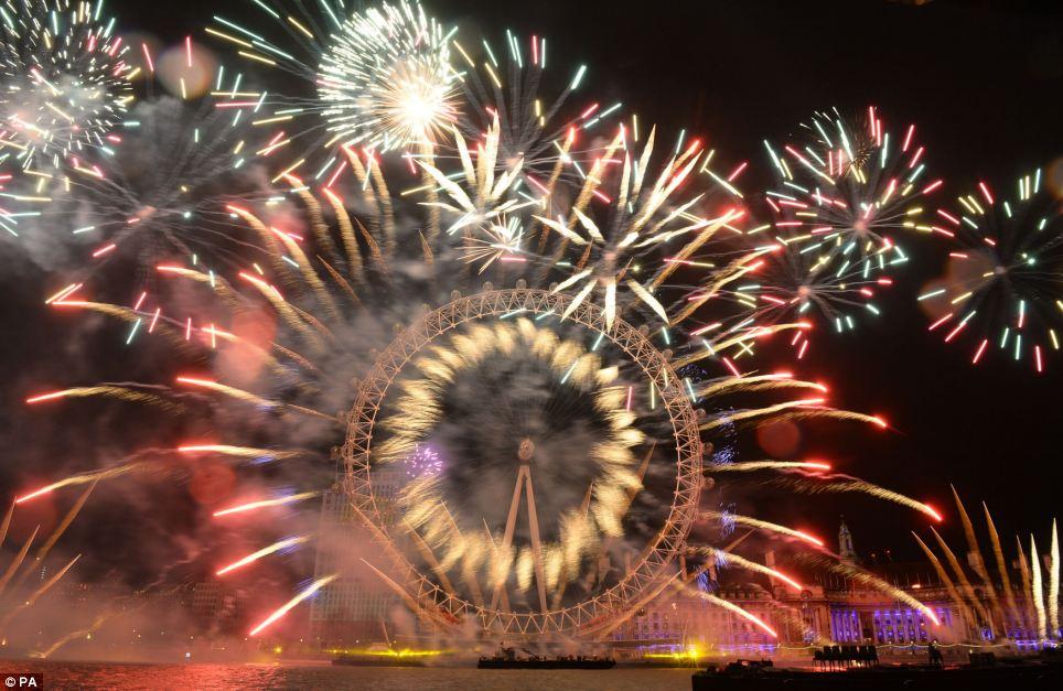 احتفالات عام 2014، ثقف نفسك 4 الاحتفالات بالعام الجديد 2014 في جميع أنحاء العالم صور