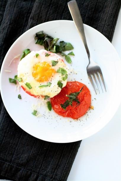طرق صحية ولذيذة لإعداد البيض للإفطار البيض-ثقف-ن