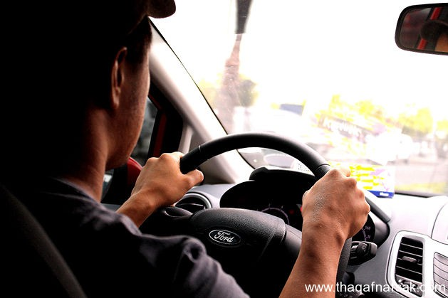 |♥| كيف تحسن مهارة قيادة السيارة لديك |♥| %D8%A7%D9%84%D9%82%D9%8A%D8%A7%D8%AF%D8%A9-3-%D8%AB%D9%82%D9%81-%D9%86%D9%81%D8%B3%D9%83
