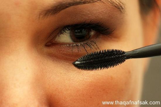 بالصور كيف تضعين مكياج العيون بطريقة جميلة ثقف-نفسك-مي