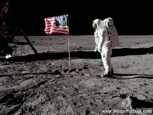 صور الهبوط على القمر . ثقف نفسك 1