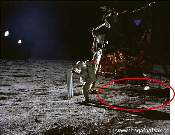 صور الهبوط على القمر . ثقف نفسك 2