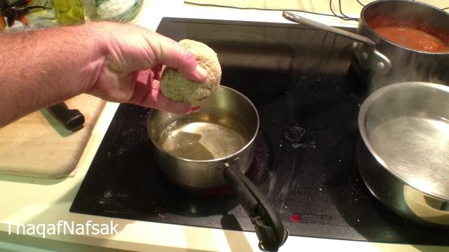 طريقة عمل كرات البيض باللحم كرات-البيض-