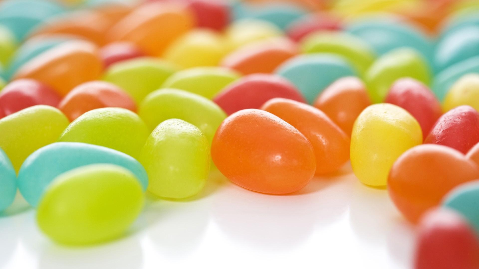 красочные сладкие шарики  № 972825  скачать