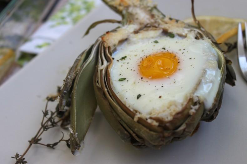 طريقة عمل البيض المخبوز في الخرشوف بالصور %D8%A7%D9%84%D8%A8%D