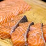سمك السلمون المقلي بالصور السلمون-ال�
