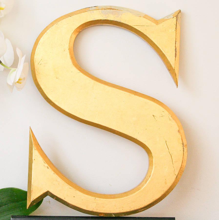 S In Fancy Letters