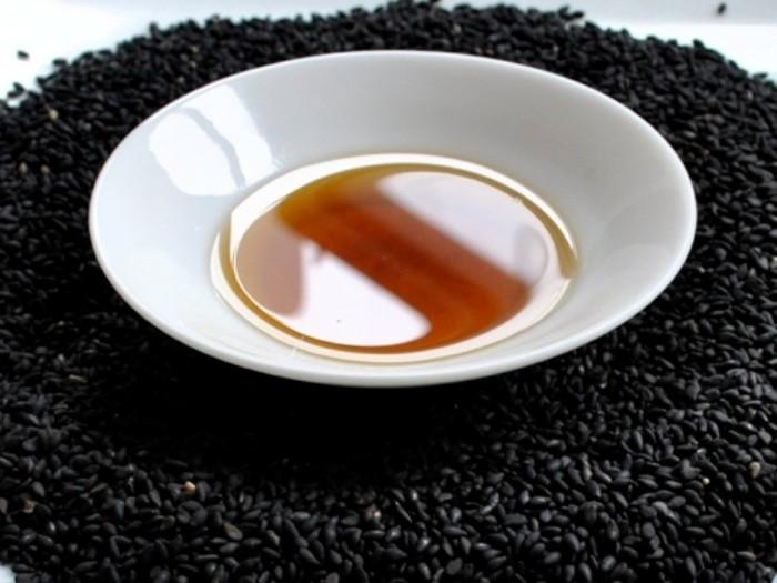 خلطة حبة البركة والعسل ٩ خلطات علاجية متنوعة %D8%AD%D8%A8%D8%A9-%