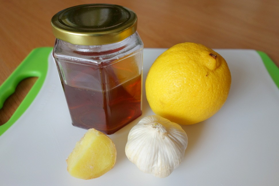 How To Prepare Honey Lemon Juice And Ginger Drink