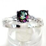 أروع أشكال خاتم الخطوبة من حجر الياقوت بالصور15
