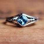 أروع أشكال خاتم الخطوبة من حجر الياقوت بالصور9