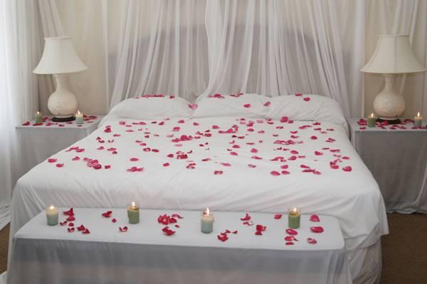 أمور تريدها المرأة في غرفة النوم فقط للمتزوجين   vip2099