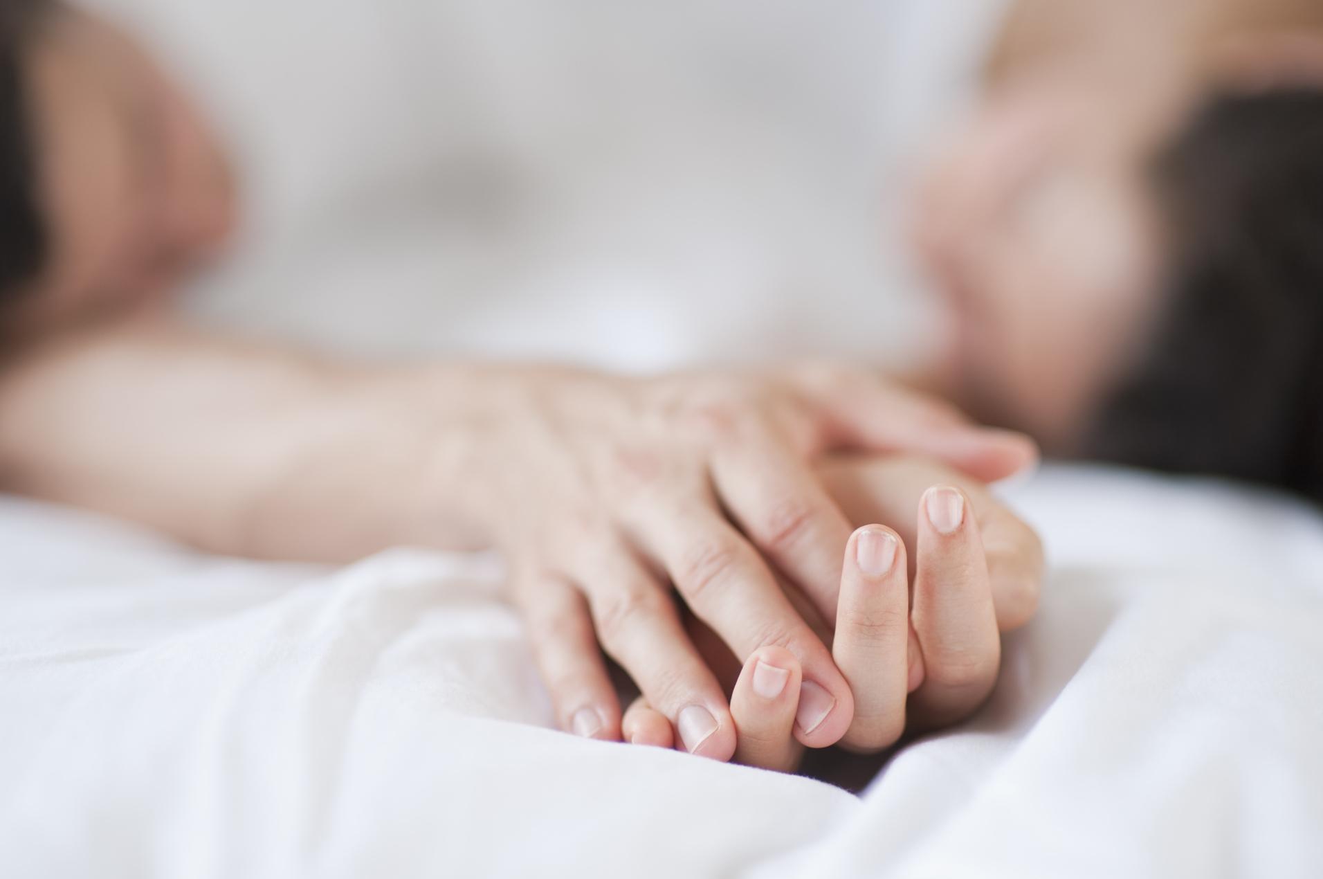 sex kisss breast hand
