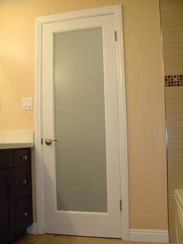 أحدث أبواب الحمامات بمختلف أنواعها بالصور