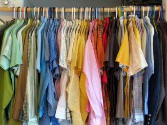 تخزين ملابس الصيف