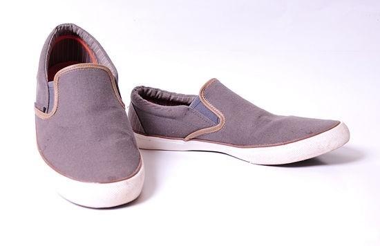 حذاء-.-ثقف-نفسك-1
