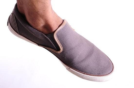 حذاء-.-ثقف-نفسك-8
