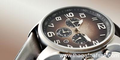 ffb3c1b6e217e للرجال أساسيات شراء ساعة يد مناسبة
