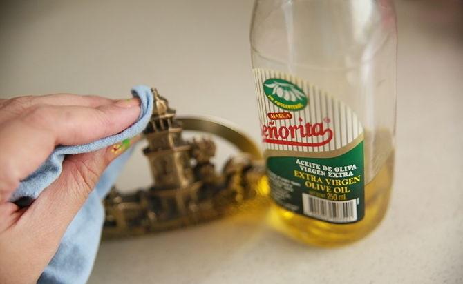 التنظيف بمنتجات طبيعية