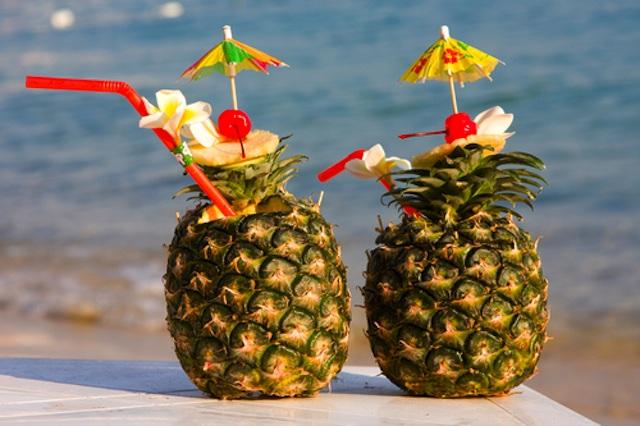 tropical_drinks_shutterstock