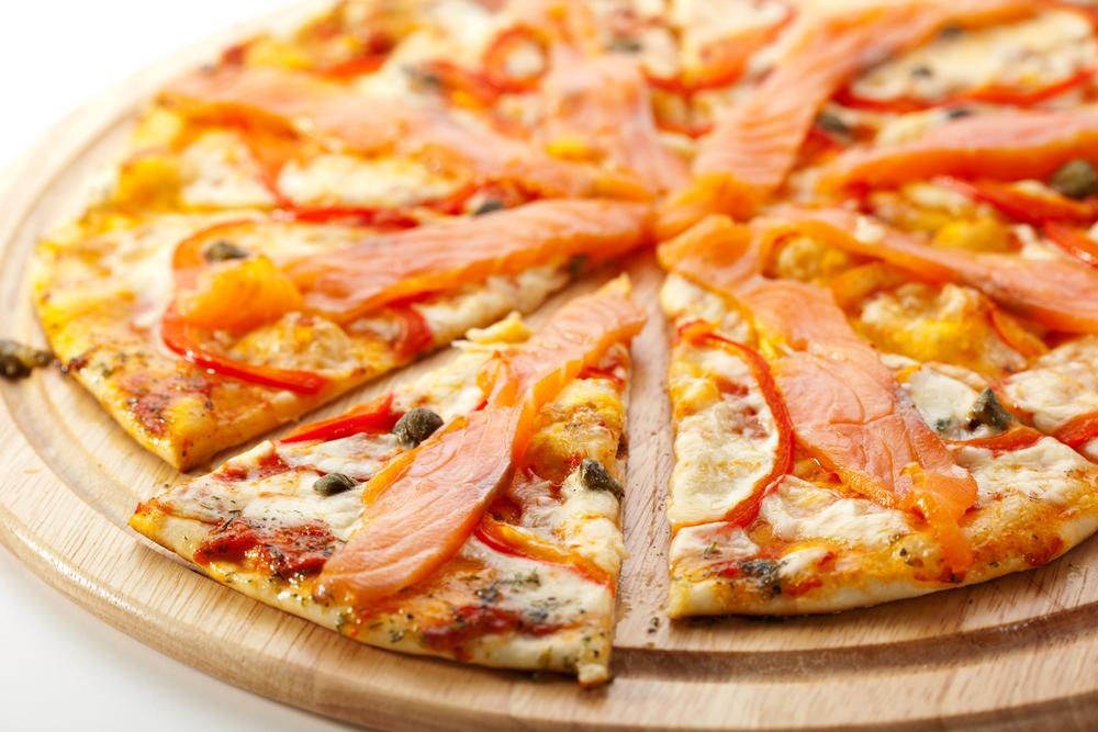 بيتزا السلمون
