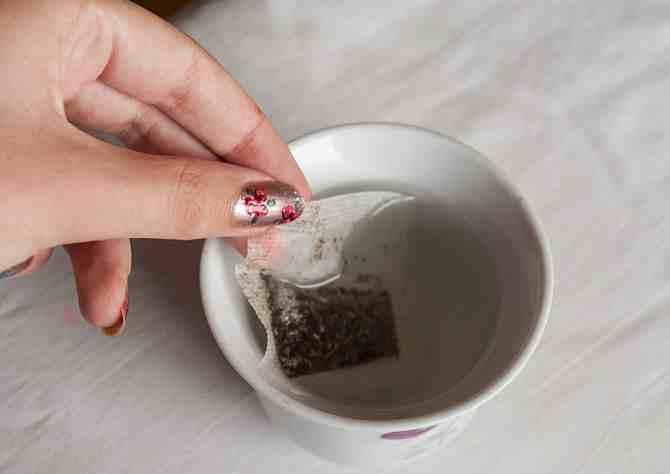 اكياس الشاي لحب الشباب