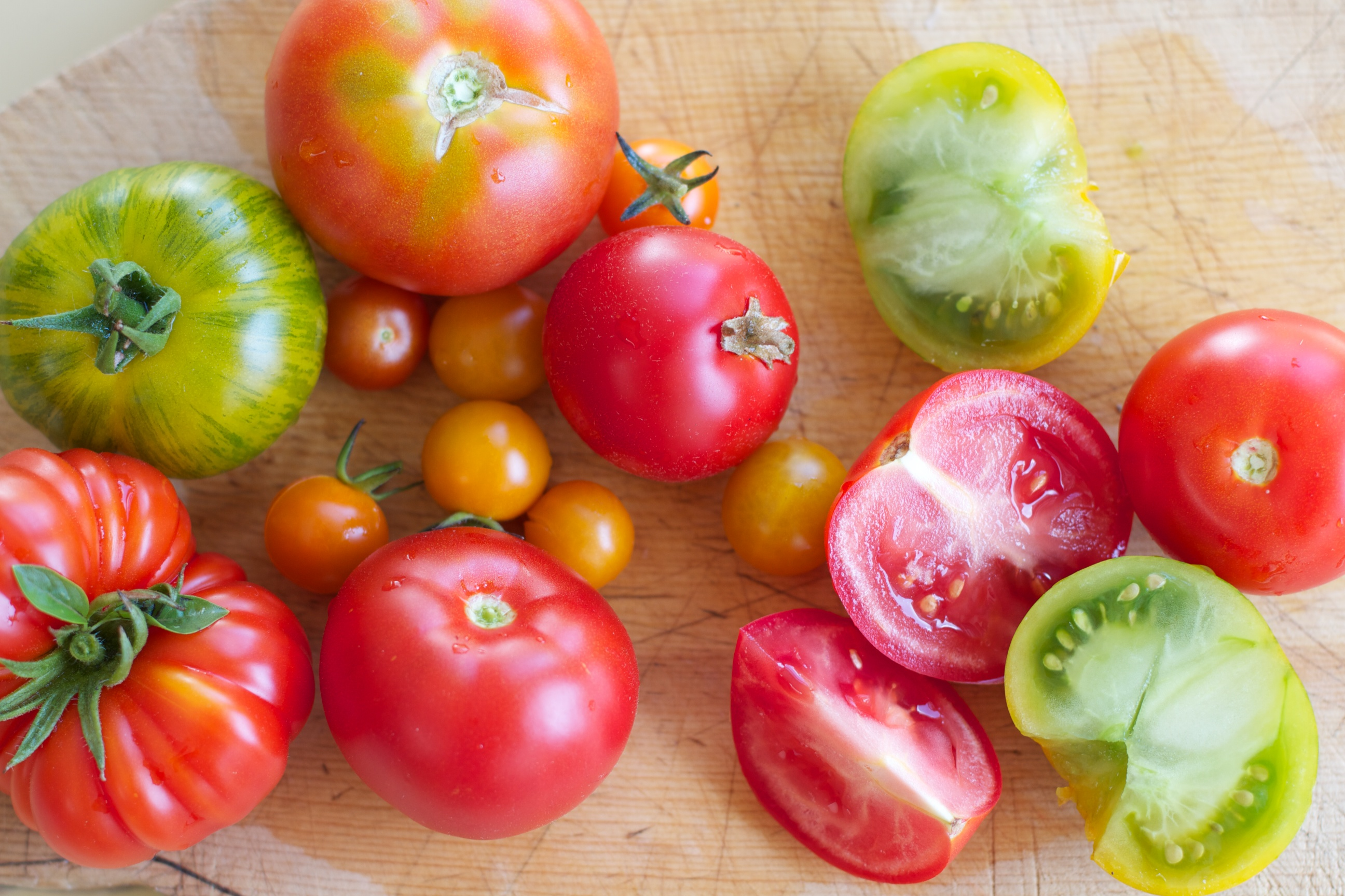 ماهي فوائد الطماطم