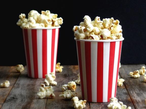 """""""الفشار"""" Dill-Pickle-Popcorn."""