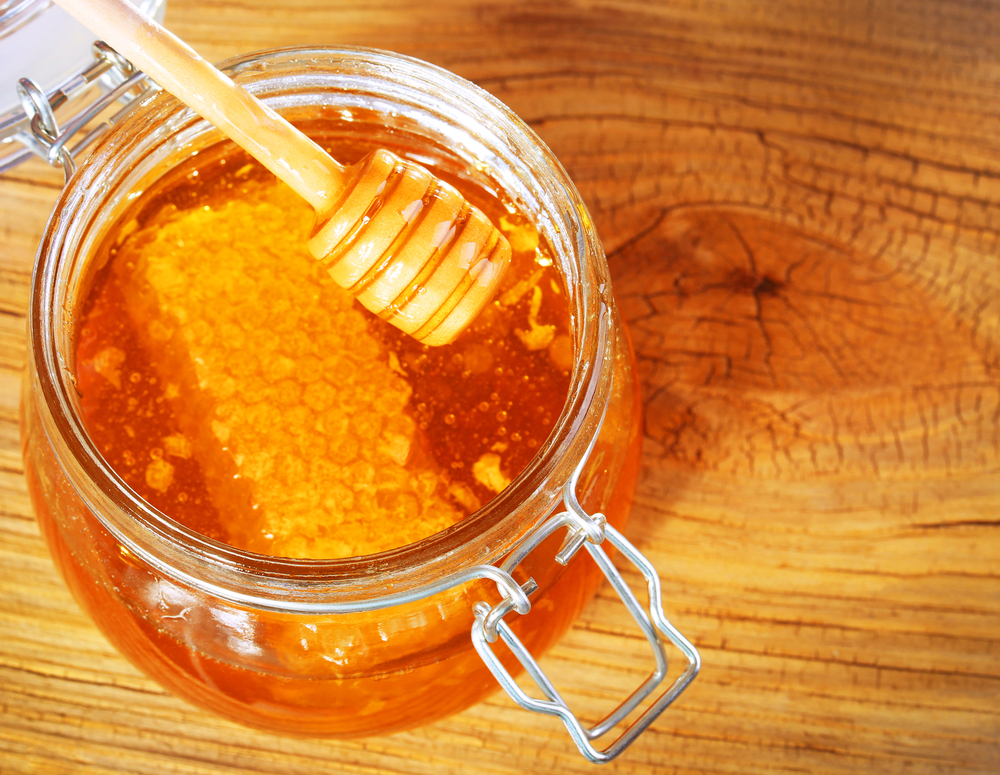 طريقة استخدام العسل للشعر
