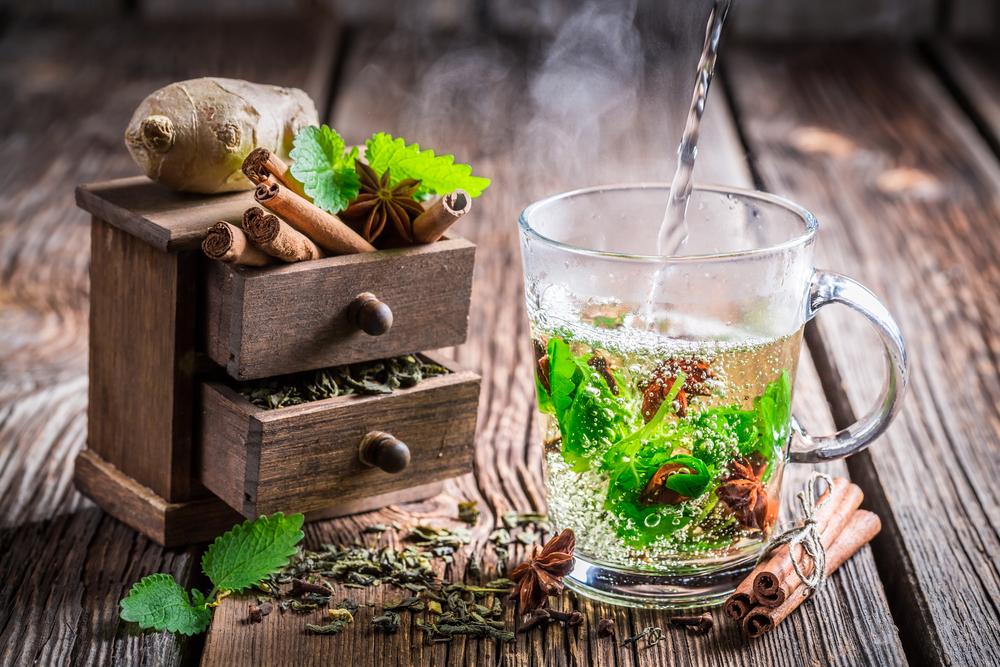 كيف يساعد الشاي الاخضر في انقاص الوزن