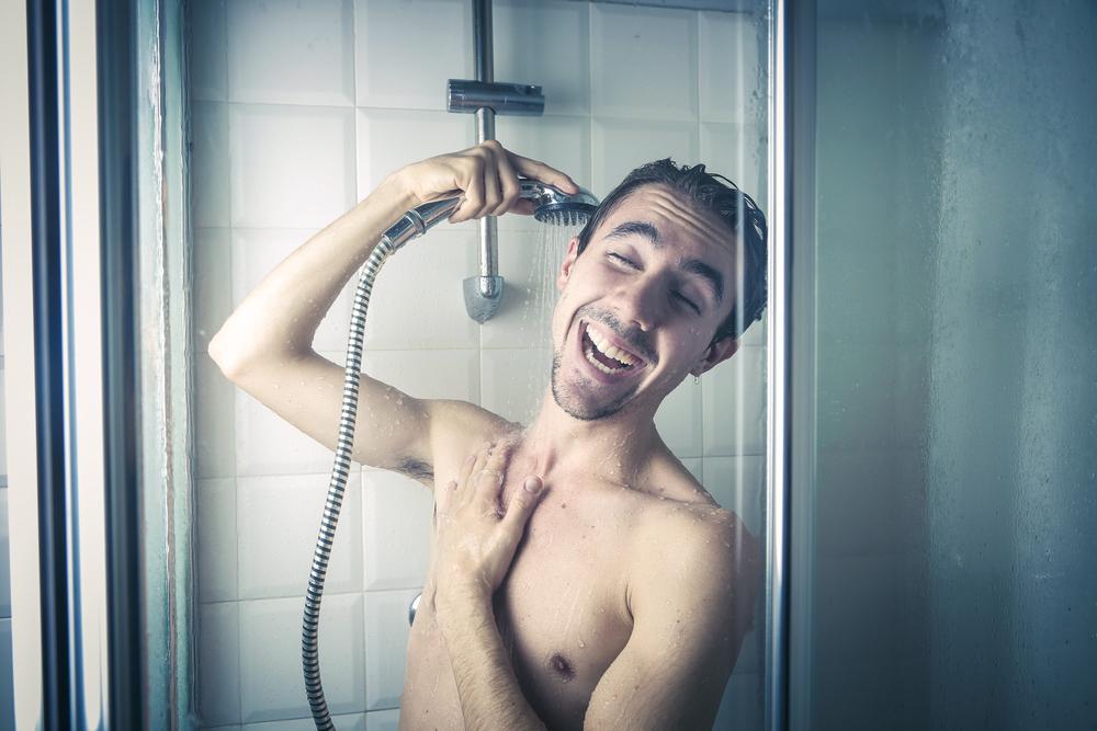 فوائد الاستحمام بالماء الساخن