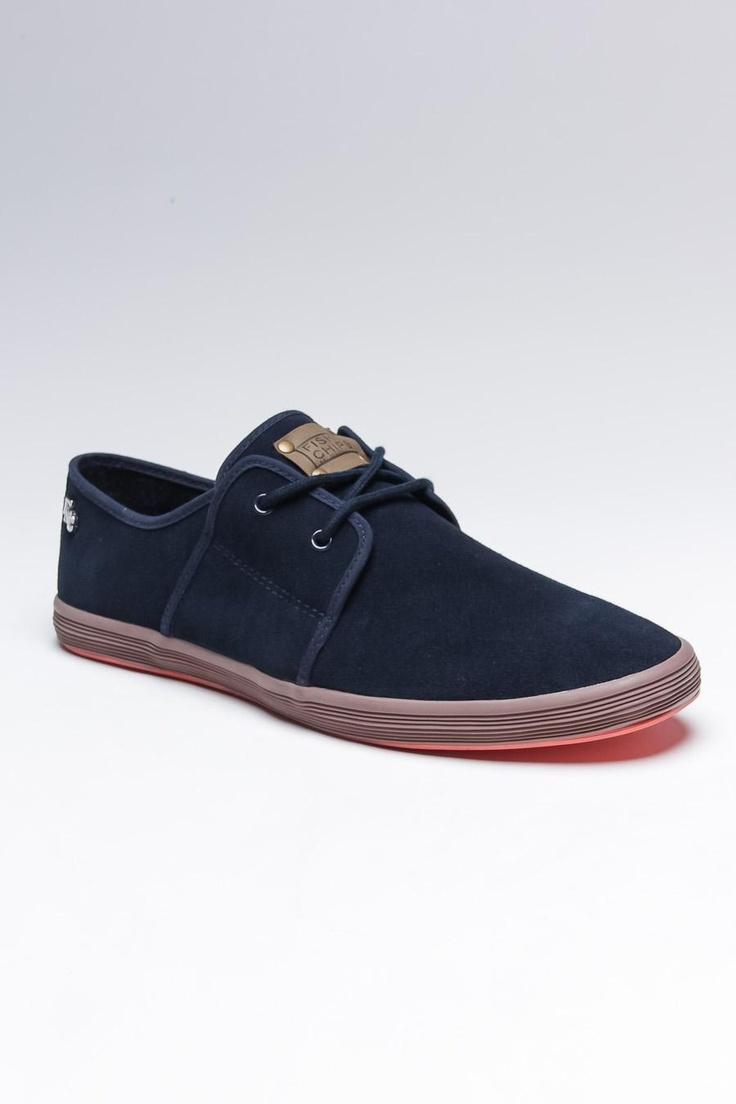 8055237f203e8 احدث مجموعة في السوق للعام الجديد من احذية رجالى 2015 - شبكة ترف التعليمية