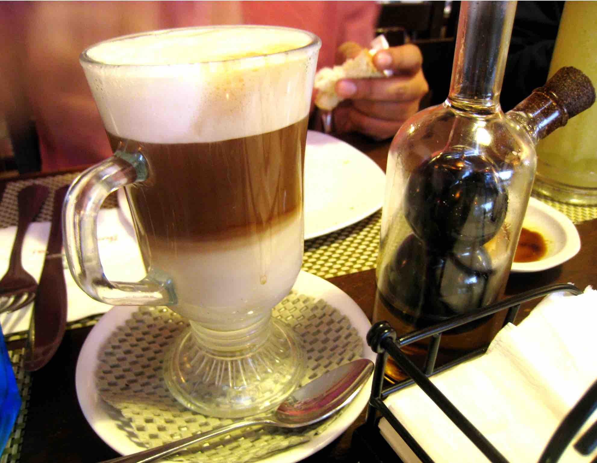 طريقة عمل القهوة بالزنجبيل