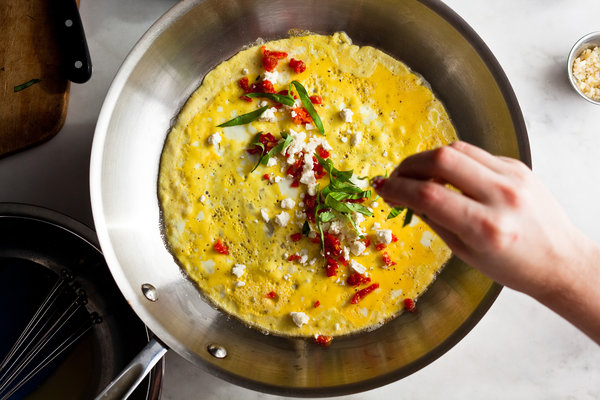 طريقة عمل الاومليت بالجبن والخضار