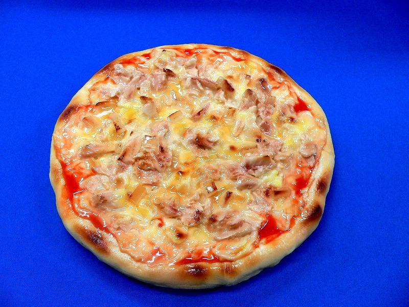 البيتزا بالتونة