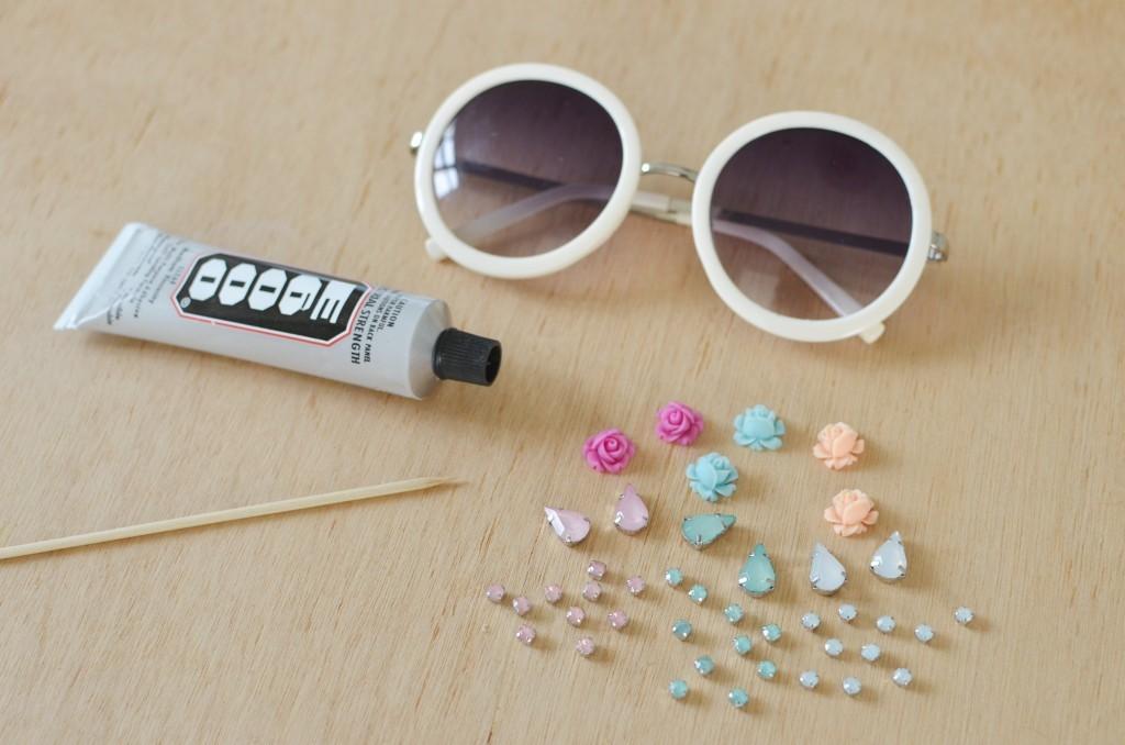 تزيين النظارة الشمسية بالورد بسهولة2
