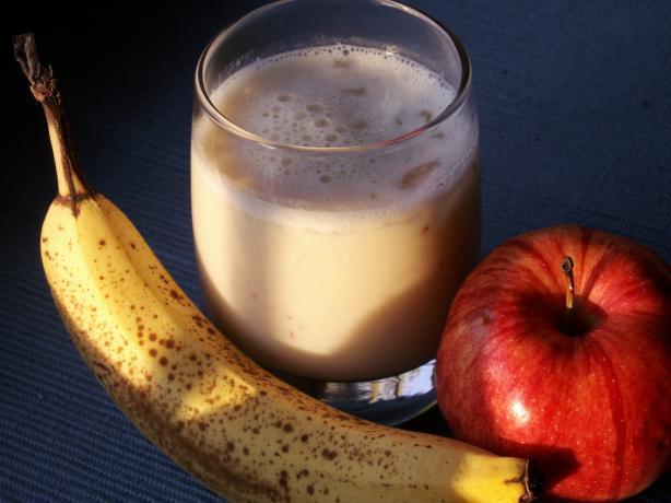 سموثي الموز والتفاح 22