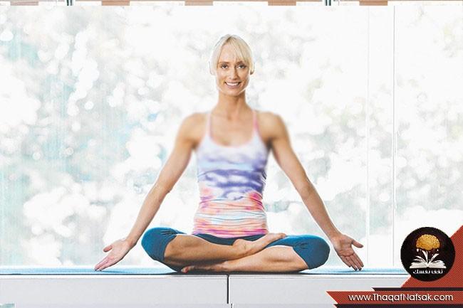 أوضاع اليوجا لتحسين صحة العقل 1