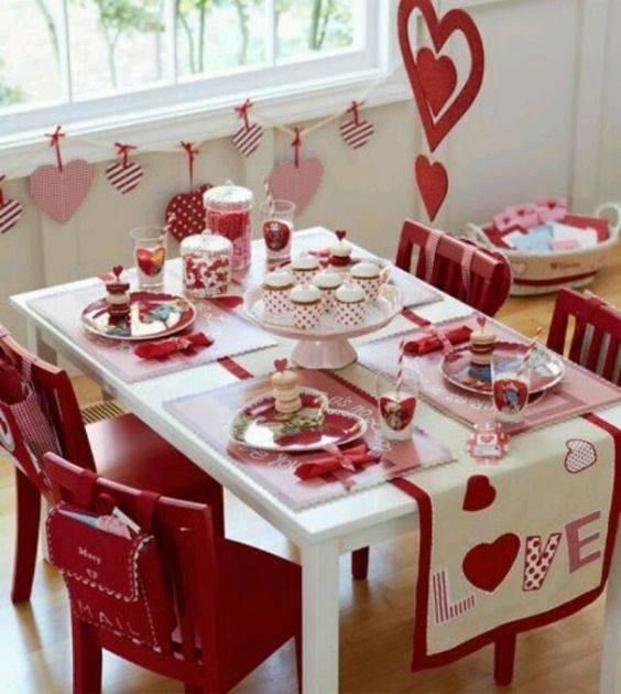 تجهيز المنزل لإستقبال عيد الحب بالصور