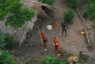 قبائل منعزلة عن العالم 10