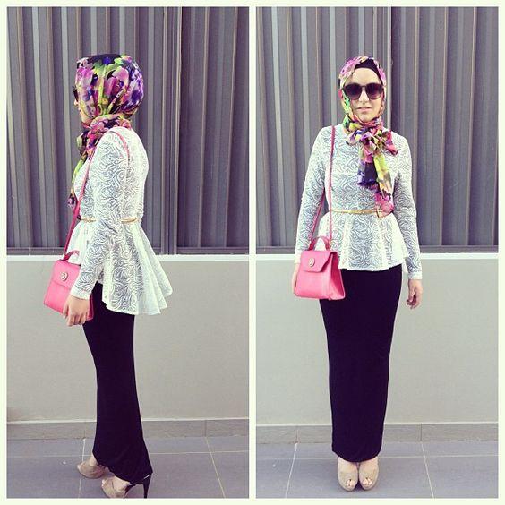 9040c357e ملابس محجبات تركي. حتي أن لفة الحجاب تأتي بأساليب وطرق مختلفة . واليوم توجد  العديد من الأزياء التركية المختلفة المتوافرة في المتاجر ويمكنك الإضطلاع  أيضاً ...
