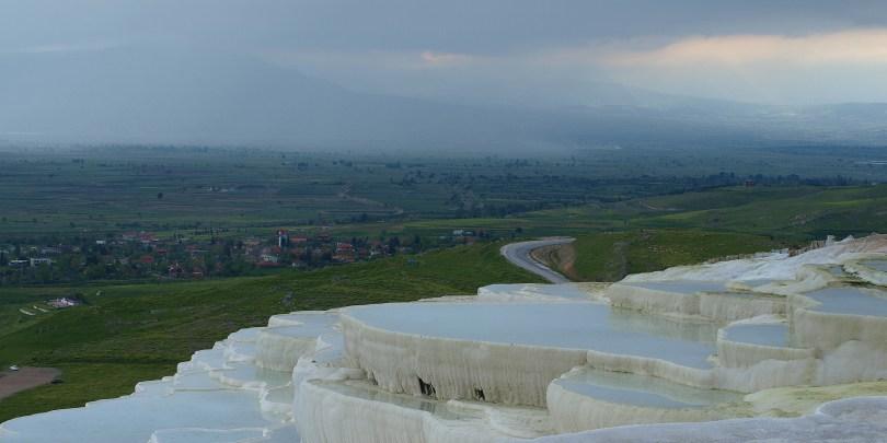 شاهد حمامات الصخر في تركيا بالصور13