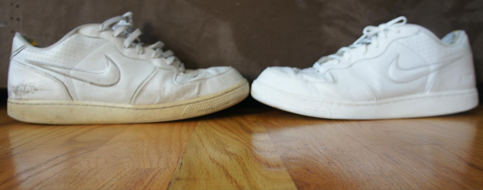 طرق تنظيف الحذاء الأبيض وإزالة الإصفرار 2