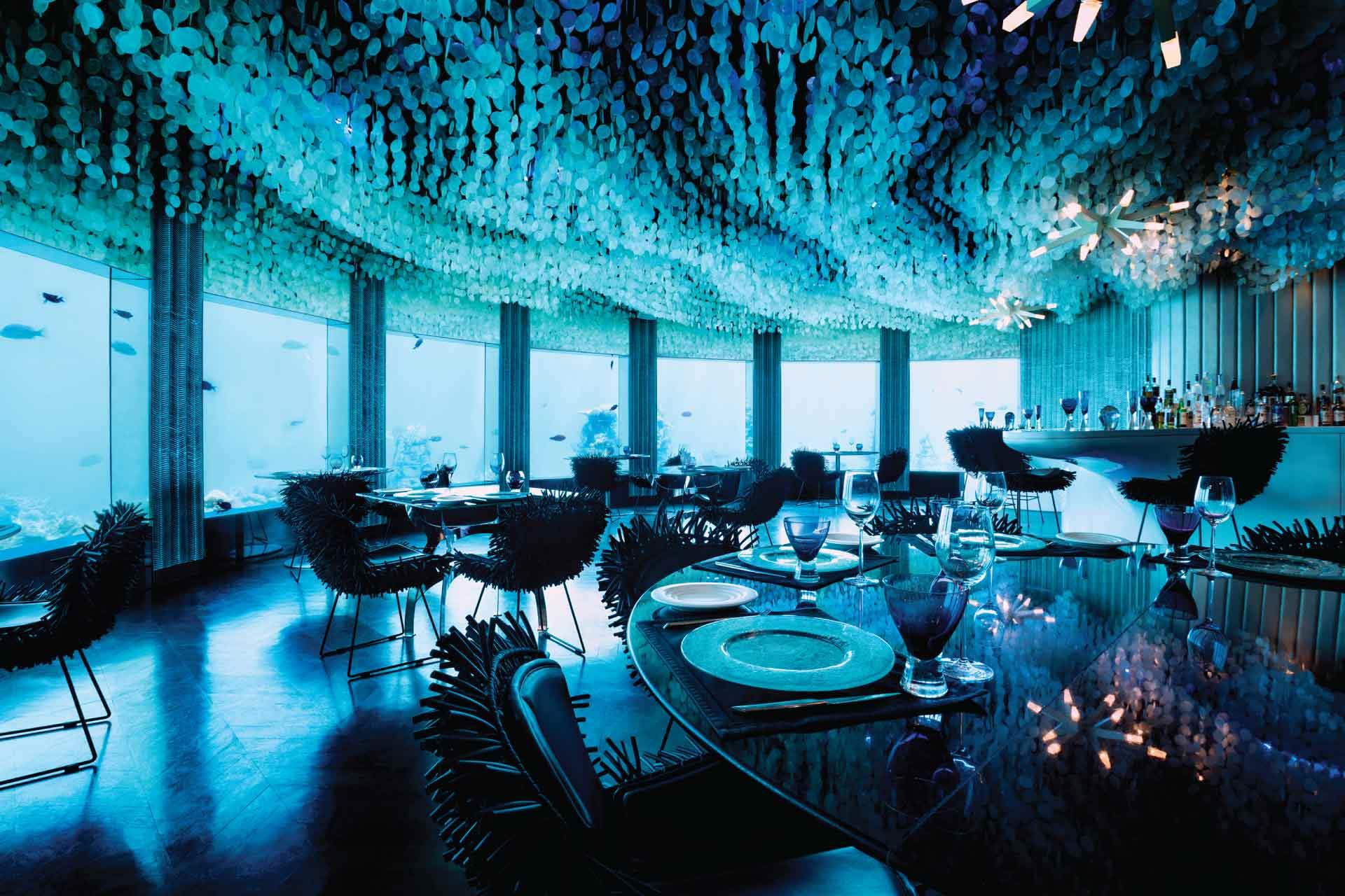 غرف فنادق مذهلة تحت الماء 29