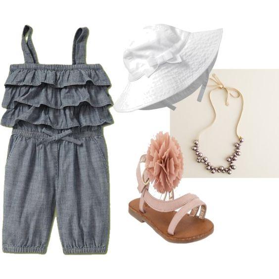 dcd5cffe5 إذا كان طفلك في عمر 9 أشهر في يناير يمكنك شراء ملابس ل 18 – 24 شهر تحسباً  لفصل الشتاء التالي . وفي المحلات التجارية تجد الكثير من المقاسات المختلفة  وقد تجد ...