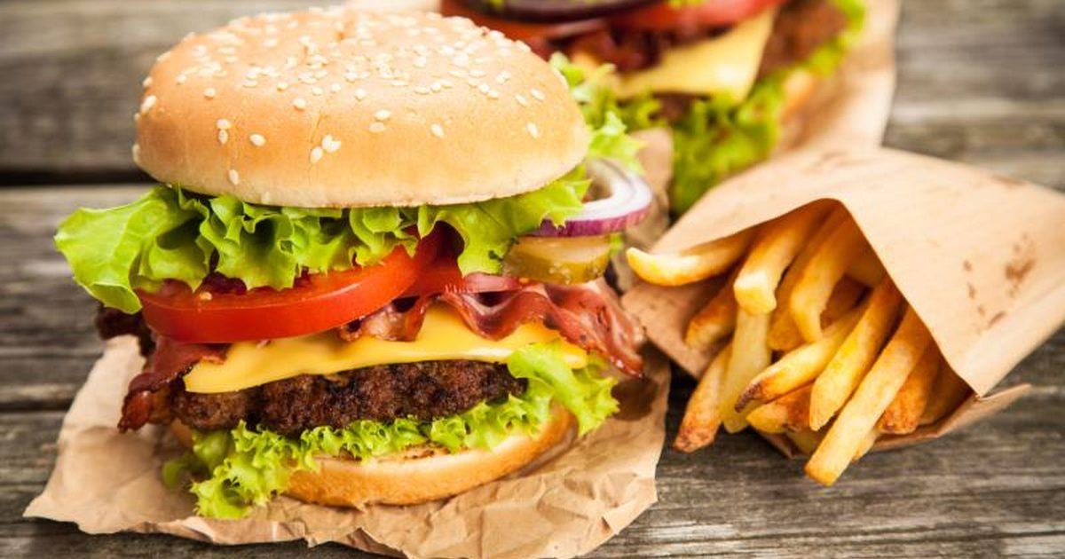 ألم المعدة بعد تناول الطعام الدسم ما السبب ؟
